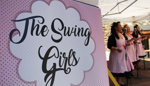 Un moment de l'actuació de The Swing Girls.