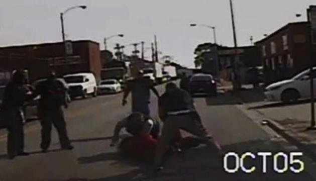 Frame del vídeo que va difondre la policia de Chicago.