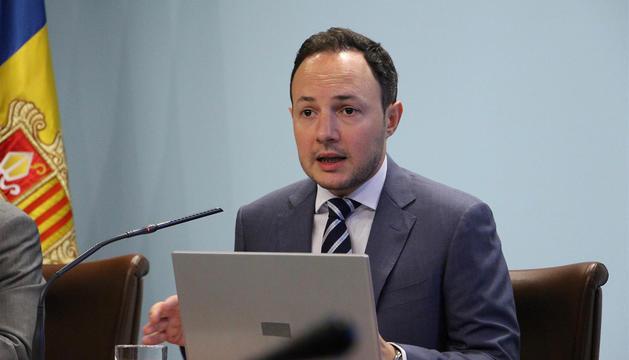 El ministre d'Afers Socials, Justícia i Interior, Xavier Espot, durant la presentació, aquest dimecres, del projecte de llei per a la igualtat de tracte i la no-discriminació.