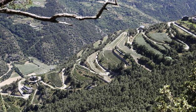 L'heliport ocuparà una parcel·la que toca amb el límit fronterer amb Espanya.