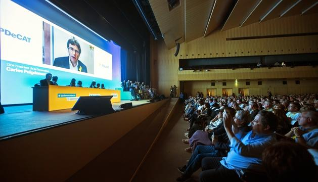 Puigdemont va participar ahir en l'assemblea a través d'una videoconferència.