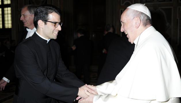 Trobada del mossèn Emili Villegas amb el Papa Francesc a Roma.