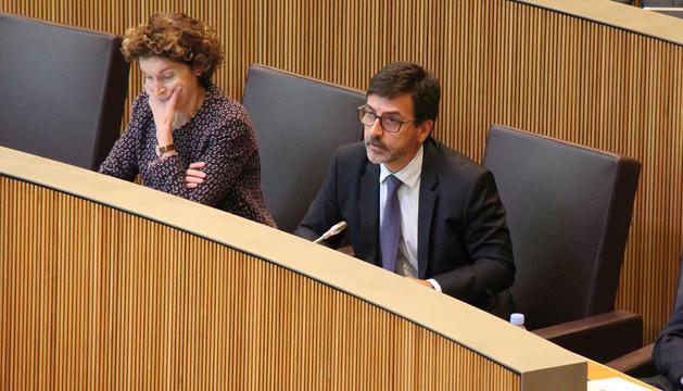 El ministre de Finances, Jordi Cinca, durant la sessió del Consell General.