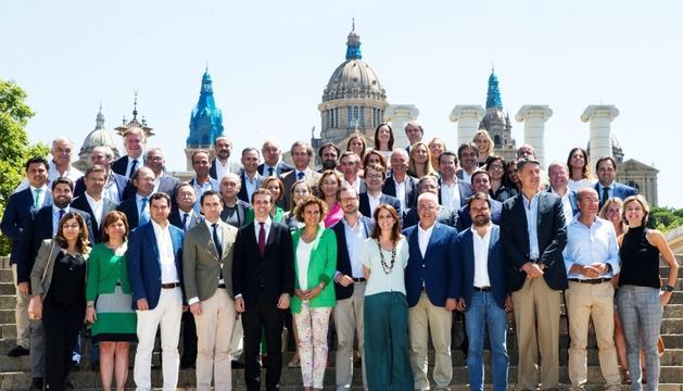 La nova executiva popular, ahir a Montjuïc.