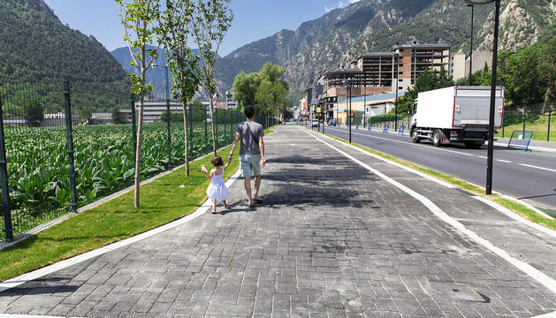 L'avinguda d'Enclar, després de la reforma