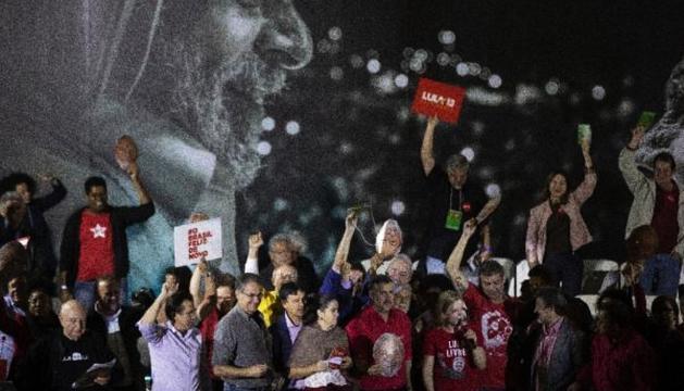 El Partit dels Treballadors va escollir candidat Lula da Silva.