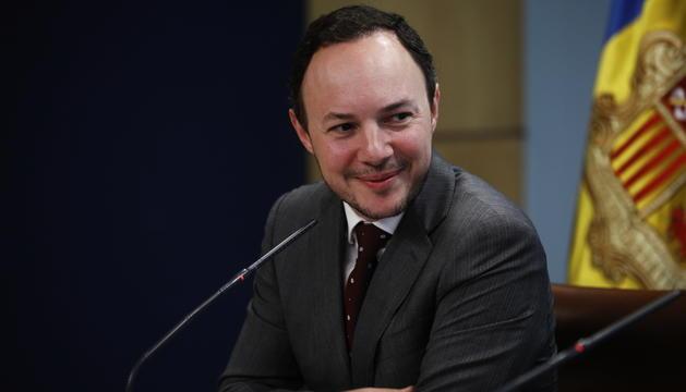 El ministre d'Afers Socials.