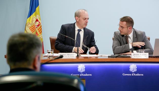 El ministre de Salut, Carles Álvarez, i el secretari de Salut, Joan León