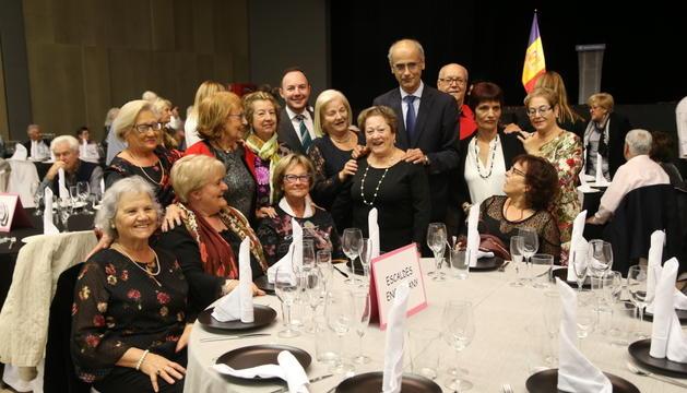 Al voltant de 500 persones van assitir a la Festa Magna al Prat del Roure.