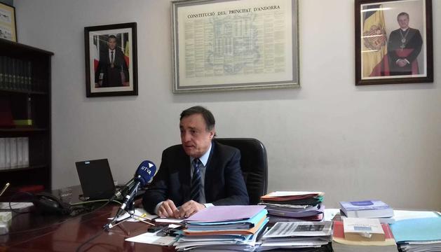 El Raonador del Ciutadà, Marc Vila, al seu despatx