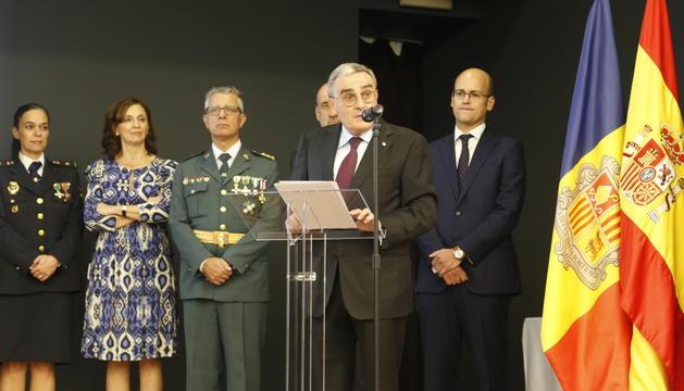 Un moment del discurs de l'ambaixador espanyol, Àngel Ros, en la recepció del 12 d'Octubre.