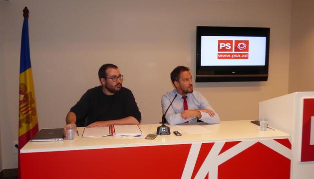 Sánchez i López durant la roda de premsa d'aquesta tarda a la seu del PS