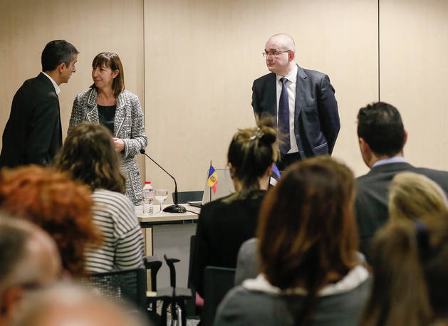 Curs de formació per al personal de l'administració en el nou model de gestió estonià