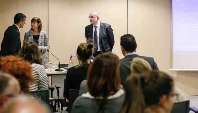 La ministra, Eva Descarrega, ahir durant la presentació.