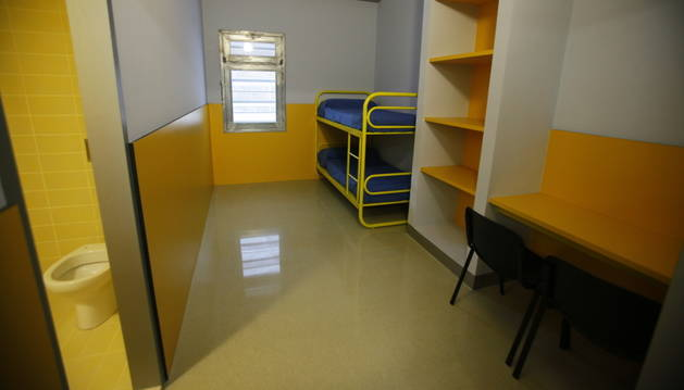 Una de les cel·les del mòdul de menors del centre penitenciari de la Comella.