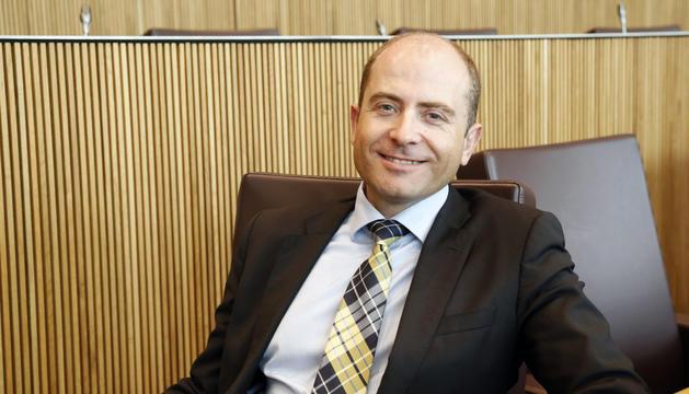 El conseller general del grup demòcrata, Carles Jordana, al seu escó.