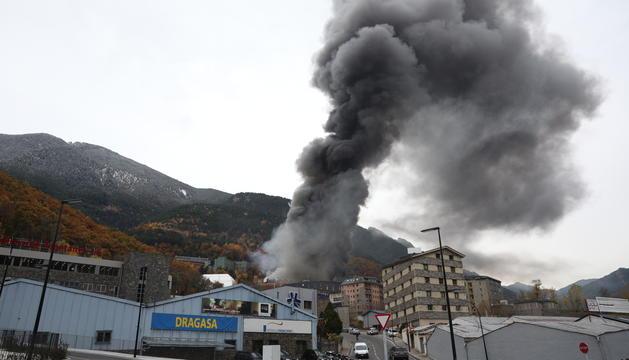 Fum del foc causat als Serradells