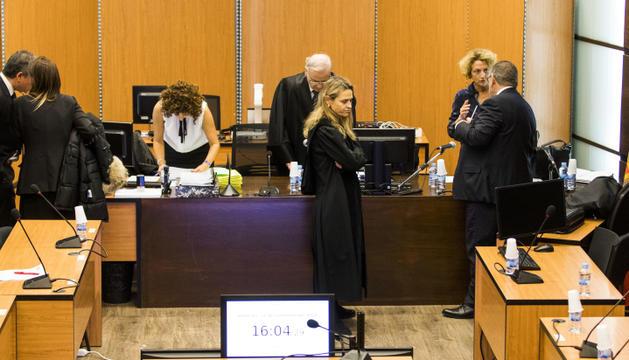 Instants previs a l'inici de la vista oral celebrada a la sala d'actes de Prada Casadet.