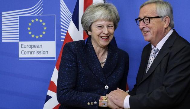 Theresa May i Donald Tusk.