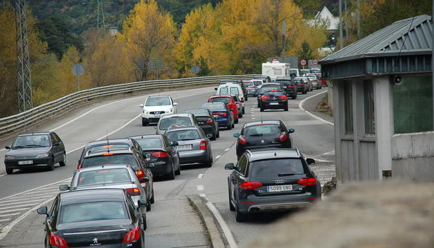 Cues d'entrada per accedir a Andorra per la frontera espanyola.