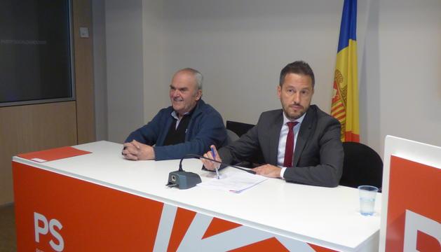 Simó Duró i Pere López durant la roda de premsa, aquest matí