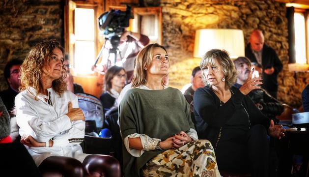 A l'acte hi ha assistit les ministres Olga Gelabert i Sílvia Calvó, així com la propietària de Cal Pal, Maria Reig