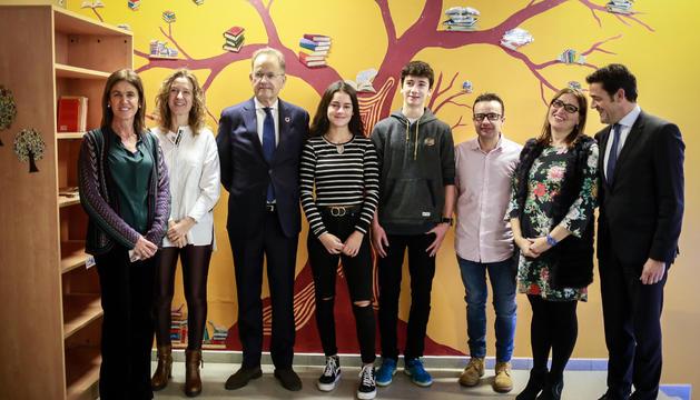 El director general de l'Onu a Ginebra, Michael Moller, durant la visitia a l'escola andorrana de secundària d'Ordino