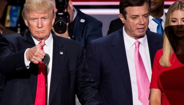 Donald Trump al costat del seu home de confiança Paul Manafort.