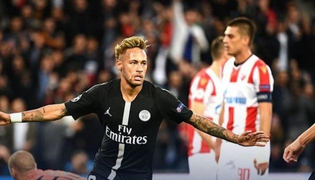 Neymar va signar el segon gol del PSG ahir a Belgrad.