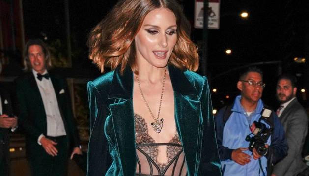 Olivia Palermo ha posat de moda el vestit de vellut