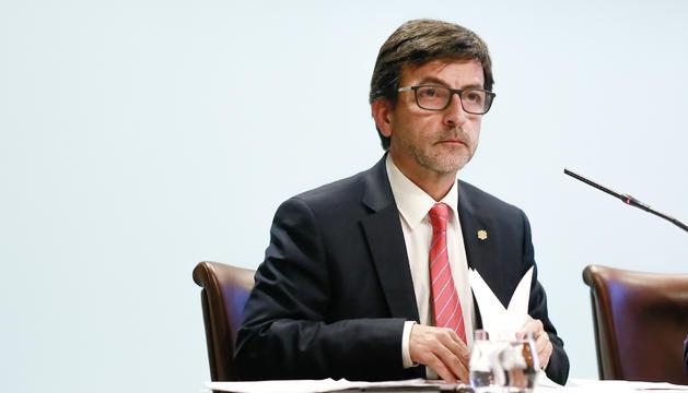 El ministre portaveu, Jordi Cinca, durant la roda de premsa d'avui