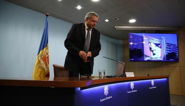 Xavier Bardina, el dia que va anunciar el guanyador del concurs.