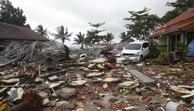 El desastre va tenir lloc a la costa de l'estret de Sonda, entre Sumatra i Java.