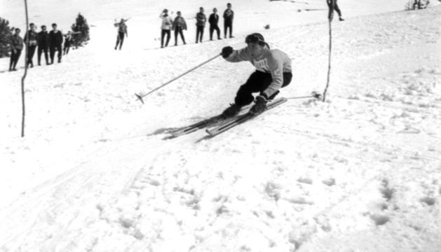 L'exposició documenta en imatges el desenvolupament de l'esquí.