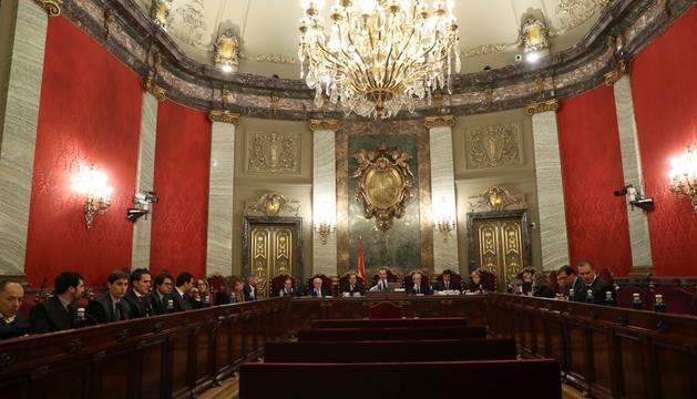 La sala de plens del Tribunal Superior on es van celebrar les qüestions prèvies del cas del procés.