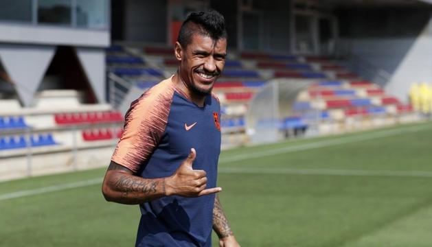 Paulinho en un entrenament amb el Barça.