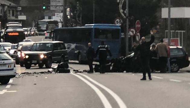 Topada de tres vehicles a la zona de la Margineda