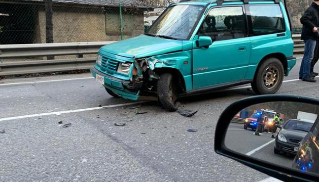 L'estat d'un dels vehicles de l'accident de l'avinguda Salou.