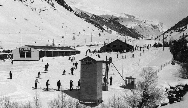 vista de les pistes per a debutants del parador Canaro, l'any 1972.