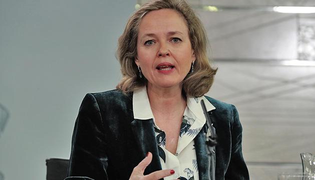 La ministra d'Economia, Nadia Calviño, ahir en roda de premsa.