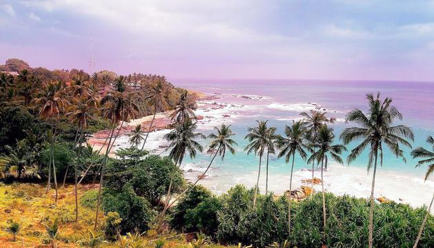 Una de les platges a Sri Lanka