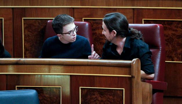 Pablo Iglesias i Íñigo Errejón al Congrés dels Diputats.