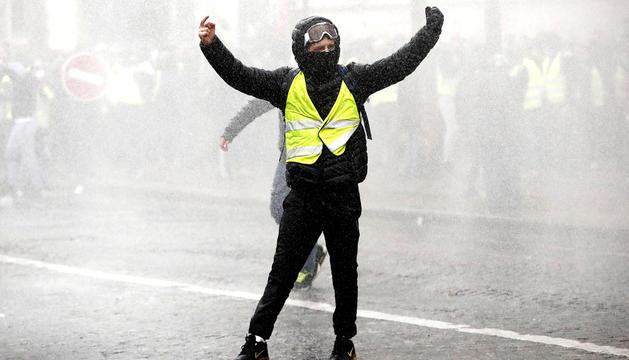 Un Armilla Groga durant les manifestacions.