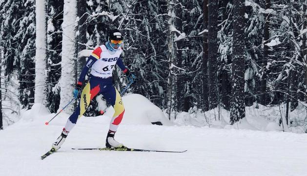 L'esquiadora andorrana durant la prova d'avui a Finlàndia