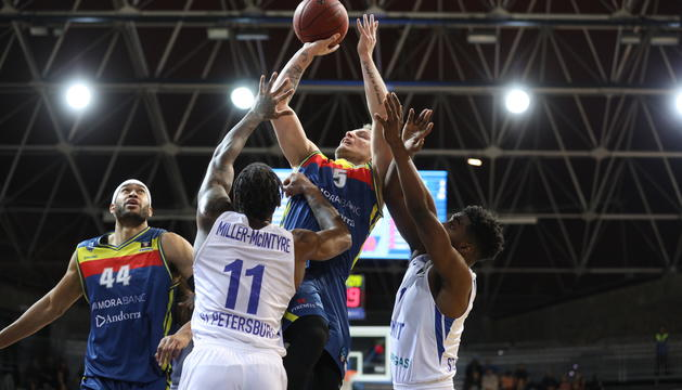 Rafa Luz durant una acció ofensiva.