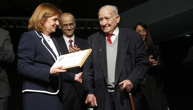Alfons Babot, durant un homenatge per la seva feina.