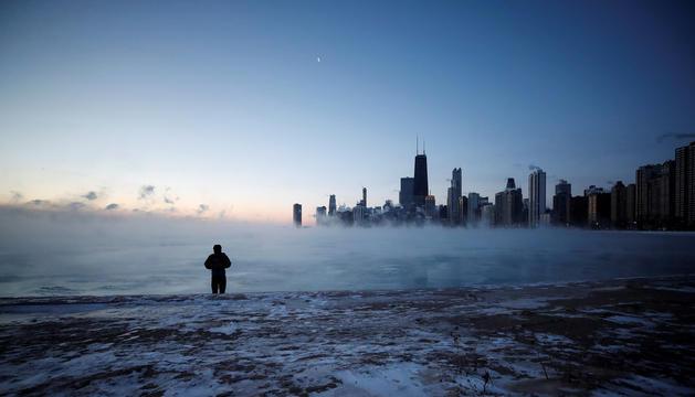La ciutat de Chicago (Illinois), ahir a primera hora del matí.