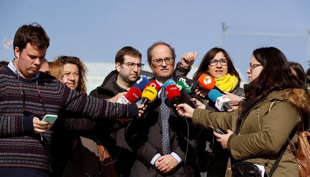 El president de la Generalitat, Quim Torra, ahir a la sortida de la presó madrilenya de Soto del Real.