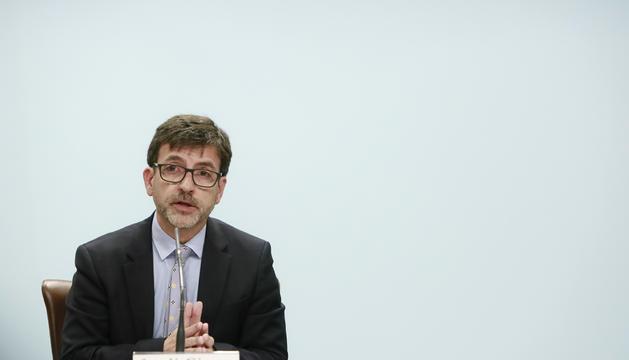 El ministre Jordi Cinca, durant la roda de premsa posterior al consell de ministres d'avui