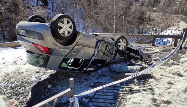 L'accident va passar a la matinada d'ahir i el conductor es va presentar a la policia durant la tarda.